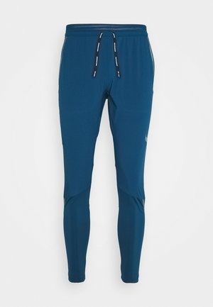 SWIFT PANT - Joggebukse - valerian blue/black