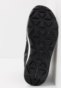 Viking - SKOMO GTX - Winter boots - black/charcoal - 5