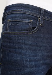 Petrol Industries - THRUXTON - Jeans fuselé - dark-blue denim - 3
