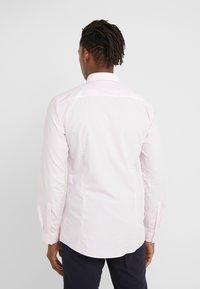 HUGO - ERRIKO EXTRA SLIM FIT - Formální košile - light pastel pink - 2