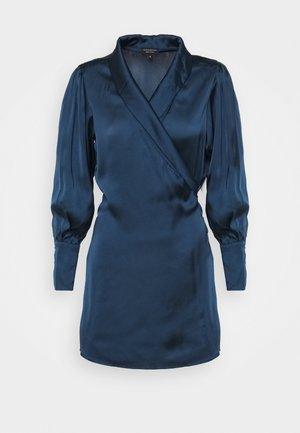 LONGSLEEVE WRAP DRESS - Jurk - pageant blue