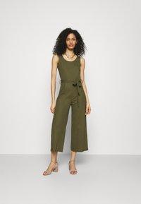 Anna Field - Belted sleeveless wide legs jumpsuit - Jumpsuit - green - 0