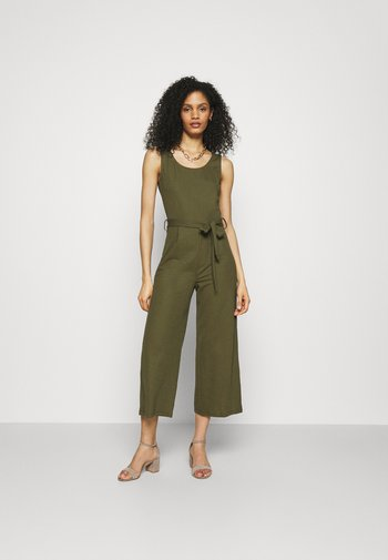 Belted sleeveless wide legs jumpsuit - Jumpsuit - green