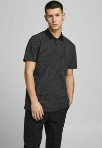 Jack & Jones PREMIUM - REGULAR FIT - Poloshirt - black - 0