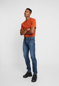Bellfield - Jeans Tapered Fit - stone wash - 1