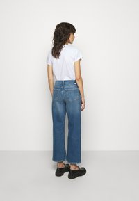 Boyish - MIKEY WIDE LEG - Flared Jeans - bicycle thieves - 2