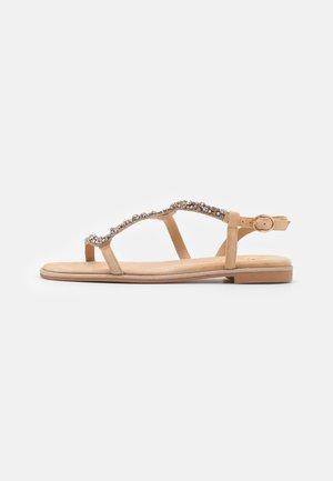 Sandales - sand