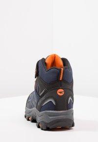 Hi-Tec - BLACKOUT MID WP JR - Hiking shoes - navy/orange - 4