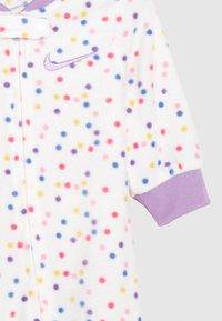 Nike Sportswear - DOT FOOTED COVERALL - Pijama - white - 2
