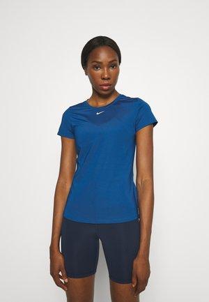 ONE SLIM - T-shirt basic - court blue/white