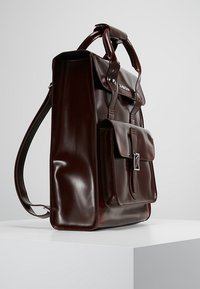 Dr. Martens - SMALL BACKPACK - Rucksack - cherry red cambridge brush - 3