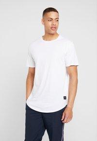 Only & Sons - ONSMATT LONGY TEE 3 PACK - T-shirt - bas - white - 1