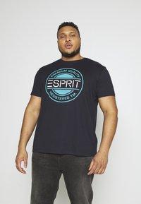 Esprit - Printtipaita - navy - 3