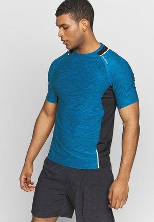 SORONG TECHNICAL TEE - T-Shirt print - imperial blue