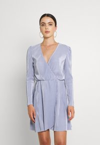 Nly by Nelly - ALL I NEED PLEAT DRESS - Cocktail dress / Party dress - dusty blue - 2