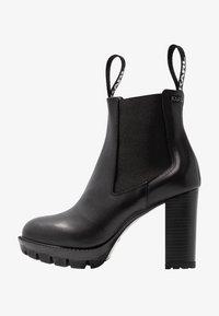 KARL LAGERFELD - VOYAGE GORE - Ankelboots med høye hæler - black - 1