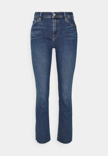 ROSE COLLECTION JULYE PANTS - Straight leg jeans - medium blue