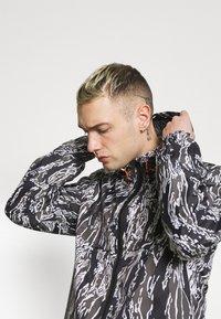 Redefined Rebel - RRWILL JACKET - Summer jacket - brown - 3
