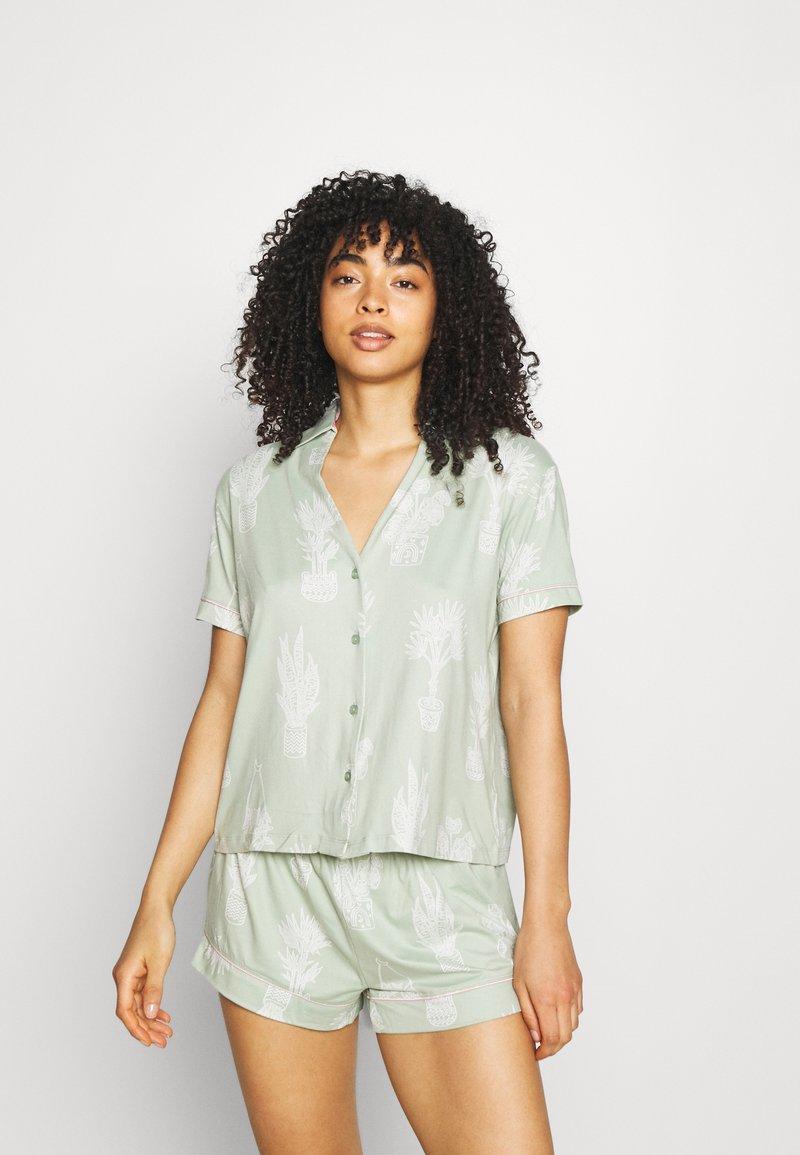 Chelsea Peers - Pyjama - light green