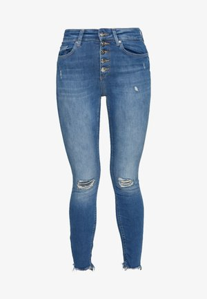 ONLFBLUSH BUTTON - Vaqueros pitillo - medium blue denim