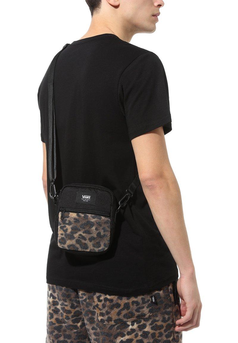 Vans - Across body bag - leopard print