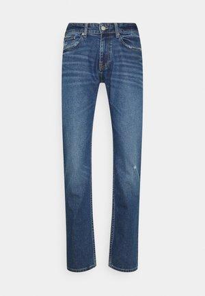 SCANTON SLIM - Slim fit jeans - denim medium