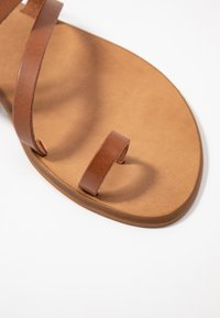 Office Wide Fit - SEVILLE WIDE FIT - T-bar sandals - tan - 2