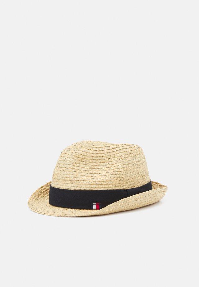 HAT - Hattu - beige