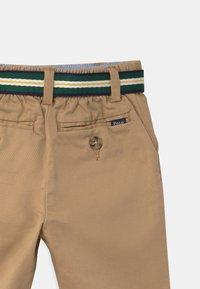 Polo Ralph Lauren - PREPPY - Trousers - coastal beige - 2