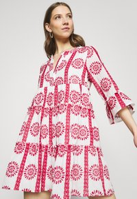 Colourful Rebel - INDY BRODERIE ANGLAISE BOHO DRESS - Day dress - white - 3