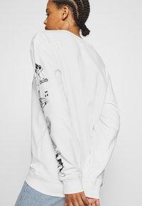 NEW girl ORDER - CLASSIC CARTOON  - Sweatshirt - white - 5