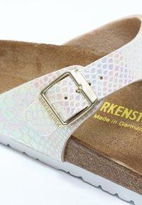 Birkenstock - GIZEH - T-bar sandals - cream - 2