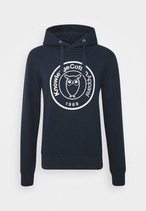 ELM HOOD BIG BADGE - Hoodie - dark blue