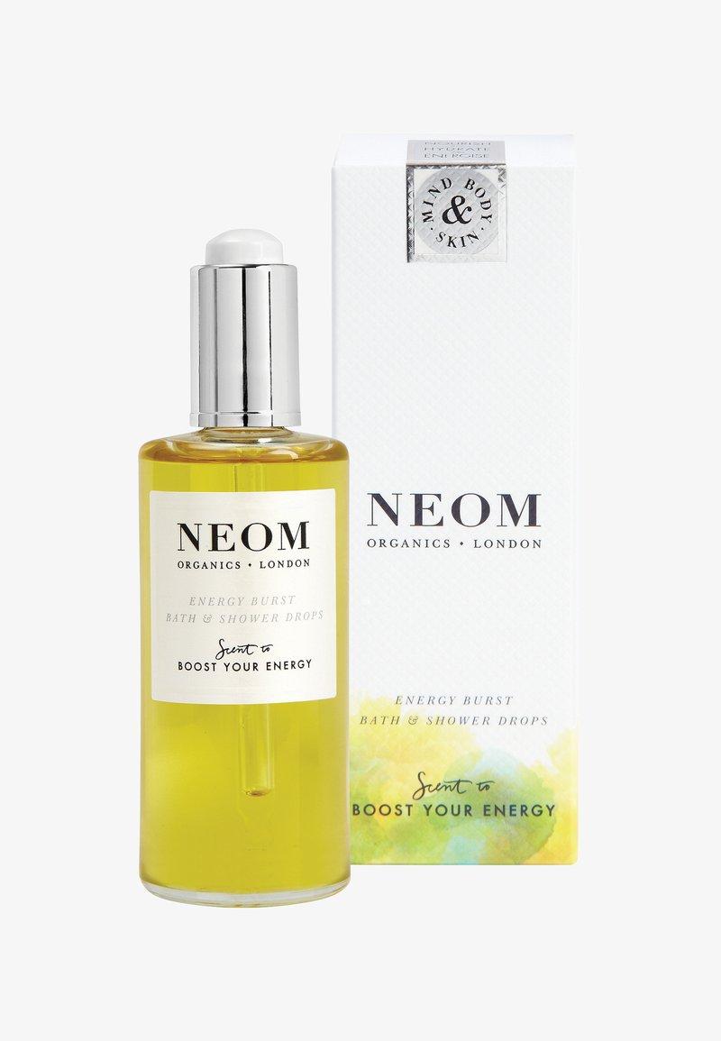 Neom - BATH & SHOWER DROPS 100ML - Bubble bath & soak - burst of energy