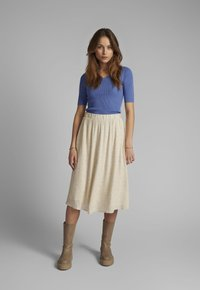 Nümph - NUCOURTNEY SKIRT - Pleated skirt - brazillian sand - 1