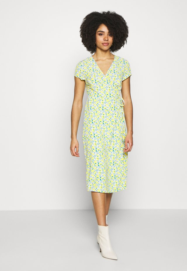 DITSY WRAP DRESS - Korte jurk - yellow