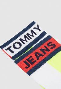 Tommy Jeans - UNISEX SHORT SOCK COLORBLOCK - Socks - white - 1