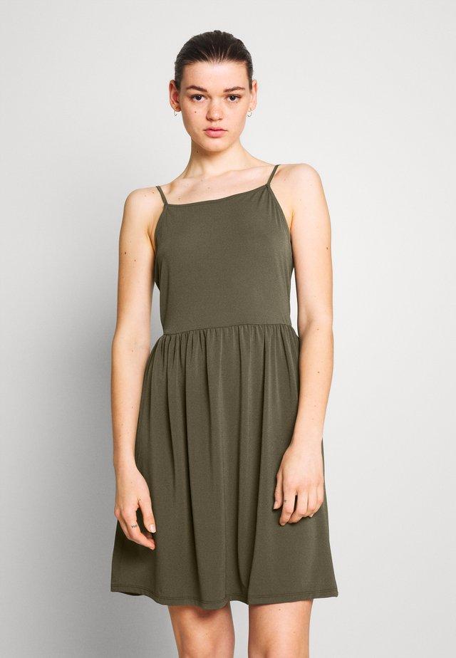 VMILANE SINGLET SHORT DRESS - Jerseykleid - ivy green