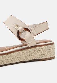 Tamaris - Platform sandals - ivory - 7