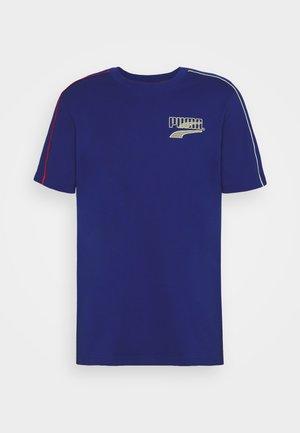 COLOUR BLOCK TEE - T-shirt imprimé - elektro blue