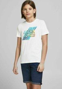 Jack & Jones Junior - Print T-shirt - white - 1