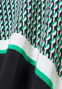 Tommy Hilfiger - MIDI SKIRT - Áčková sukně - primary green - 2