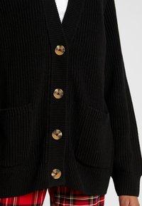 Monki - MARIA CARDIGAN - Kardigan - black dark turtoise buttons - 5