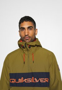 Quiksilver - STEEZE - Snowboard jacket - military olive - 4
