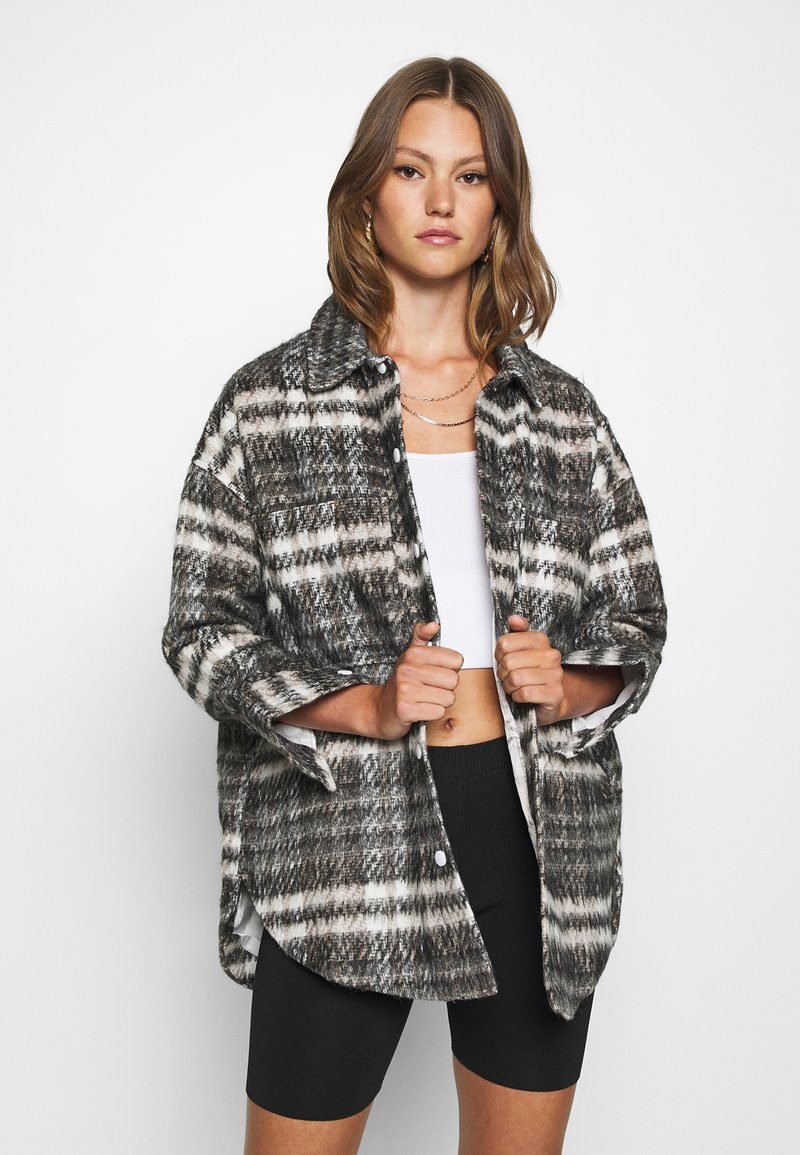 Missguided - BRUSHED CHECKED SHACKET - Classic coat - brown
