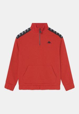 JASSO UNISEX - Sweatshirt - aurora red
