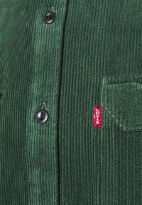 Levi's® - JACKSON WORKER UNISEX - Košile - python green - 2