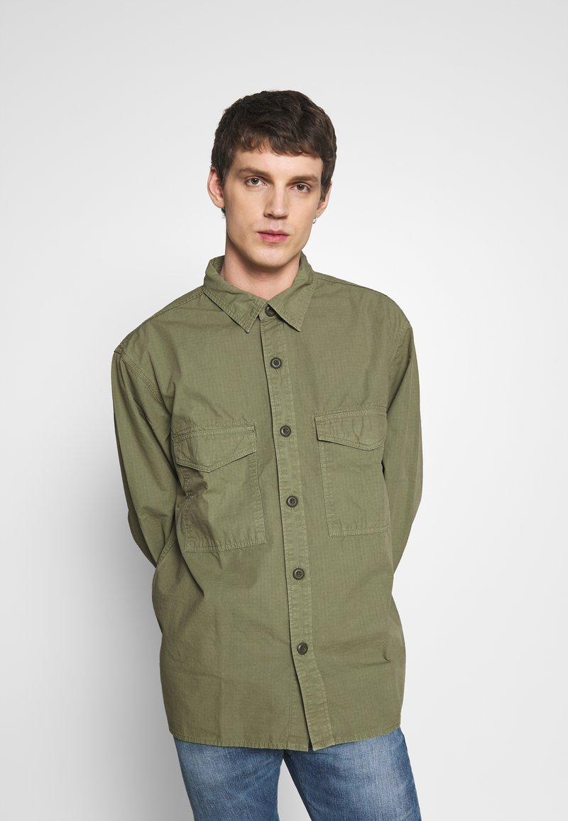 Edwin - BIG SHIRT  - Košile - military green