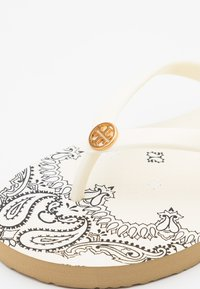 Tory Burch - THIN - Pool shoes - new ivory /ivory - 4