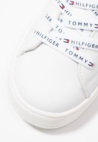 Tommy Hilfiger - Trainers - white - 2
